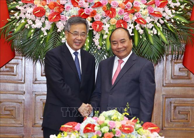 越南重视发展越中全面战略合作伙伴关系