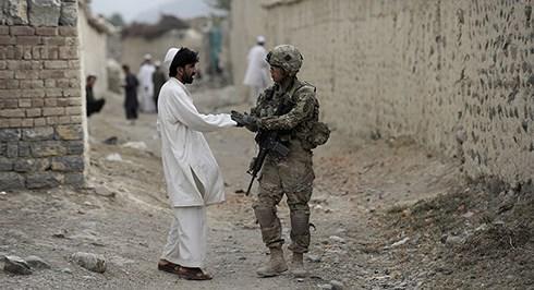 阿富汗塔利班称与美国代表在多哈举行会谈