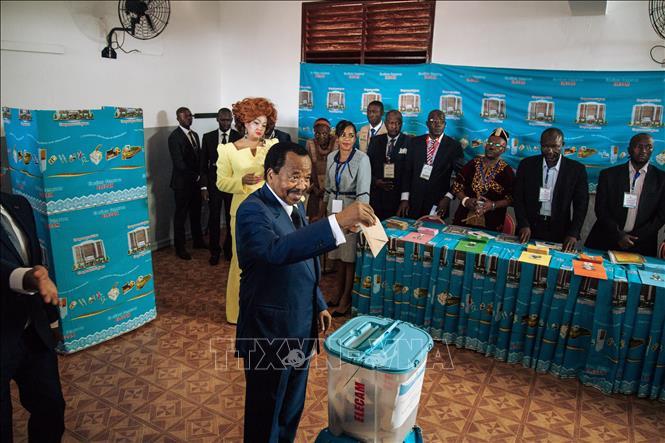 喀麦隆举行总统选举