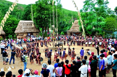 弘扬东北地区的特色传统文化价值