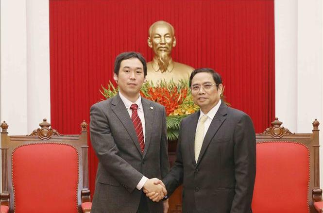 加强越日两国共产党间的合作