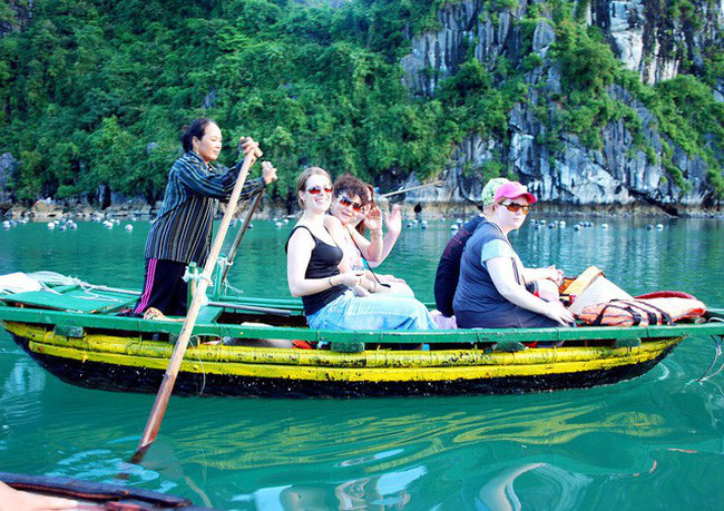 加拿大和越南加强旅游合作