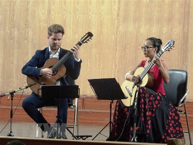 世界多国著名艺术家参加西贡国际吉他艺术节