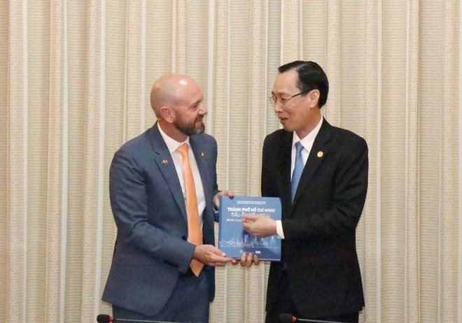 胡志明市与澳大利亚新南威尔士州加强多领域合作
