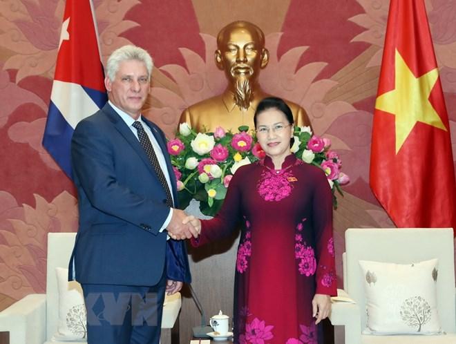 越南国会和人民一向重视与古巴的关系