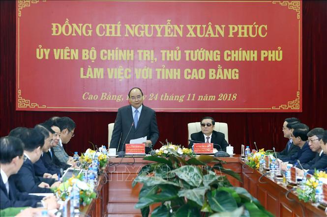 政府总理阮春福与高平省领导人座谈