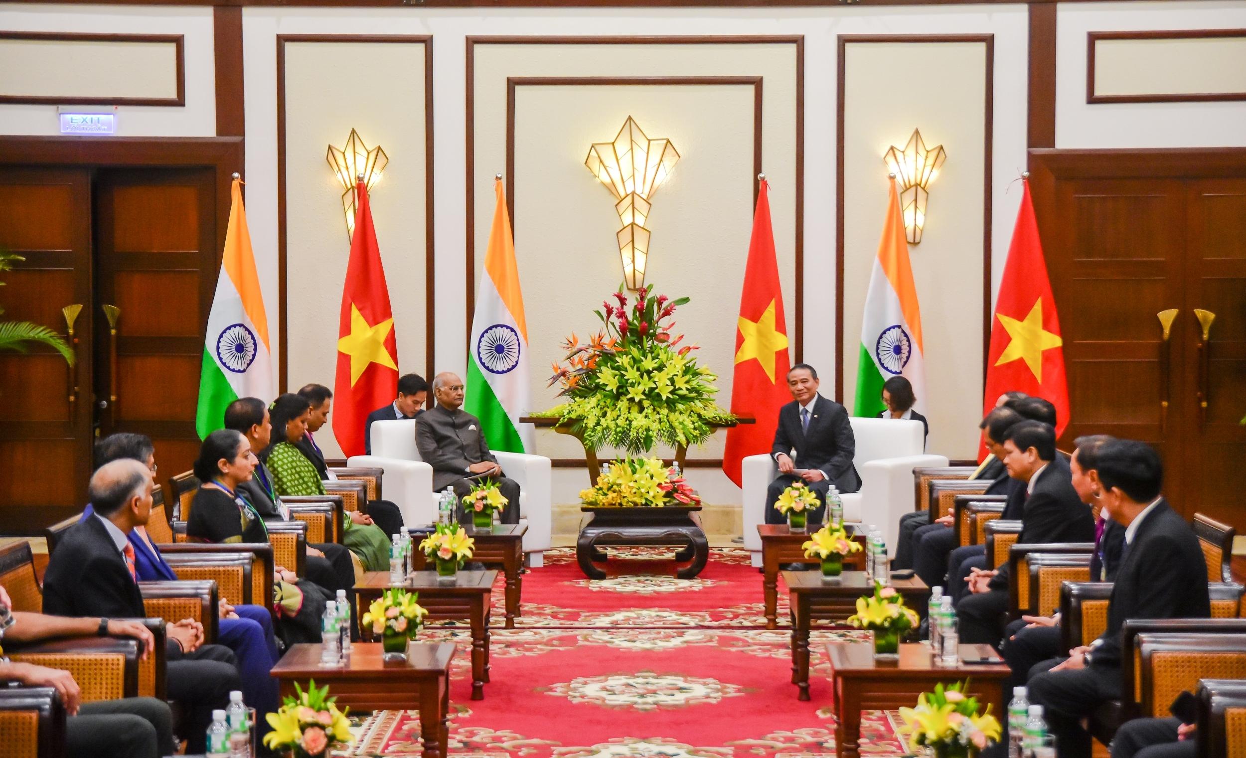 岘港市委书记张光义会见印度总统拉姆•纳特•考文德
