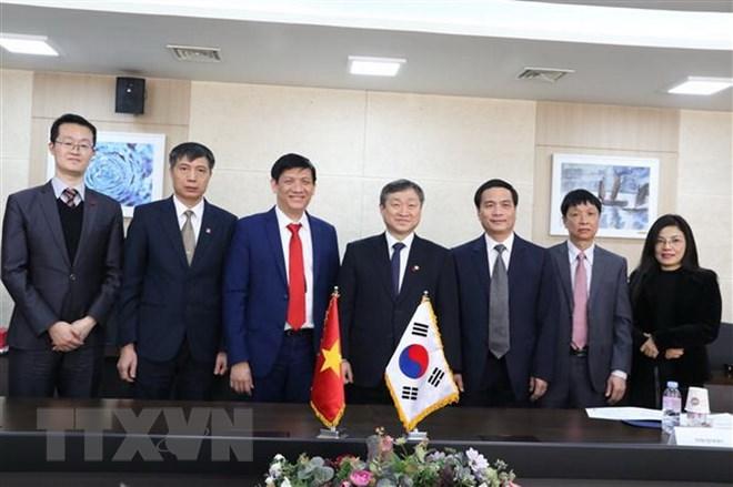越韩加强新闻传媒和授业教育的经验交流