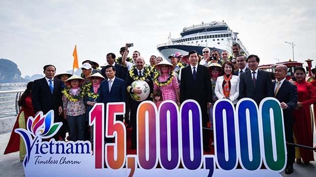 广宁省迎来赴越的第1500万名外国游客