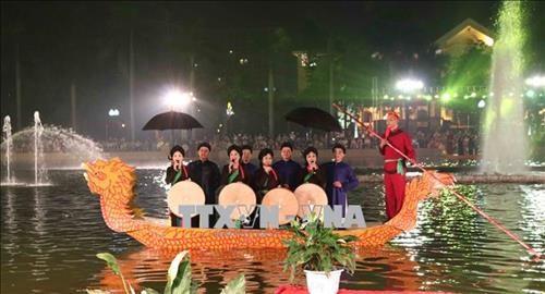 北宁省大力保护与弘扬官贺民歌价值