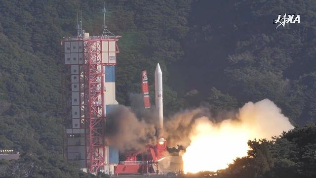 """外媒纷纷报道越南""""微龙""""卫星发射升空相关信息"""