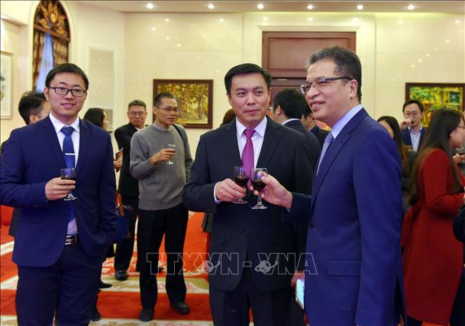 越南驻中国大使邓明魁年初会见中国记者