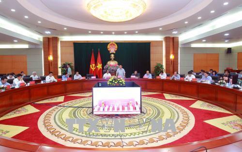 越南政府副总理王廷惠视察海防市