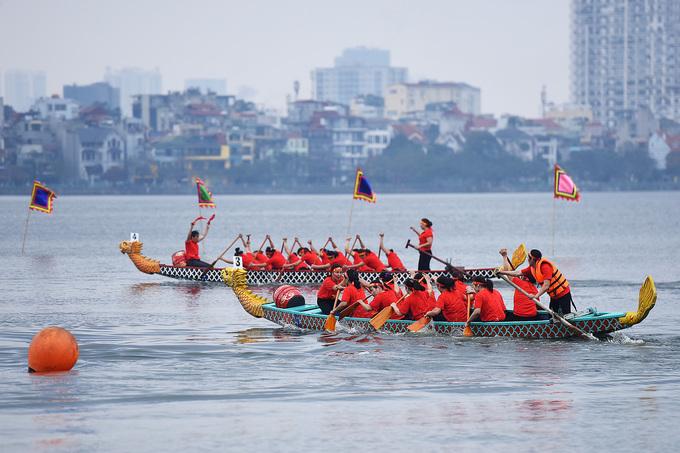 2019年河内龙舟公开赛在西湖举行