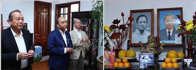 阮春福总理上香缅怀已故原党和国家领导人
