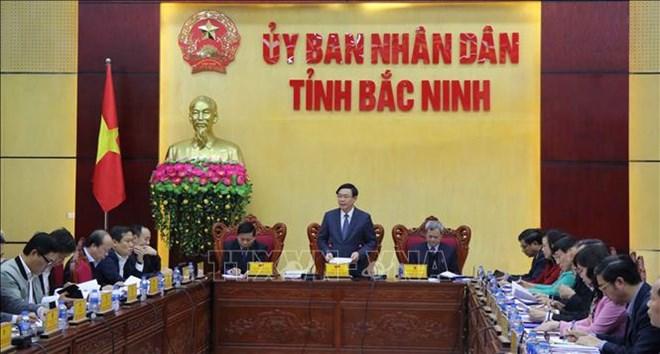 政府副总理王廷惠视察海防和北宁的引资情况