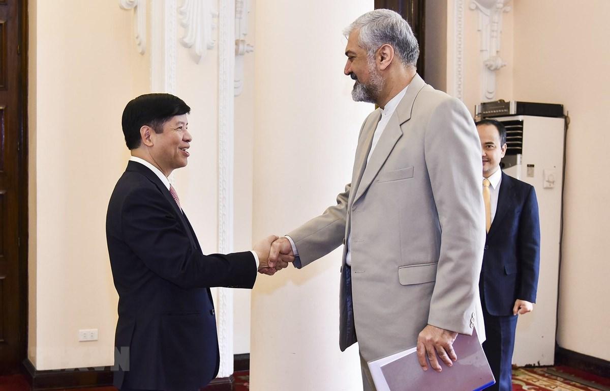 越南重视巩固与发展同伊朗的友好关系