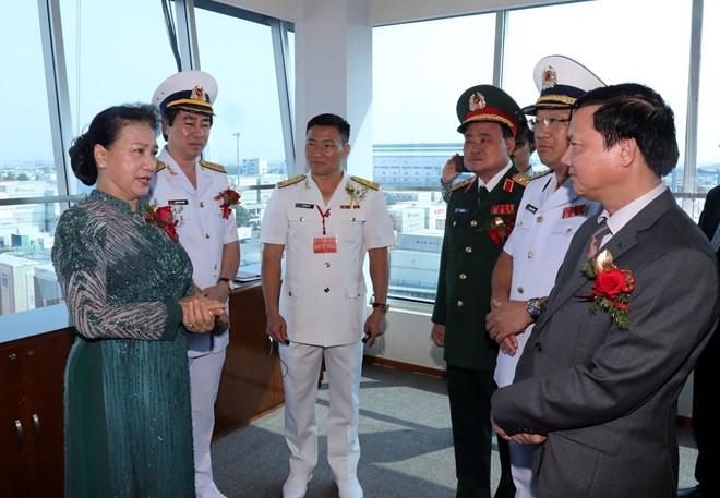国会主席阮氏金银出席西贡新港总公司传统日30周年纪念会