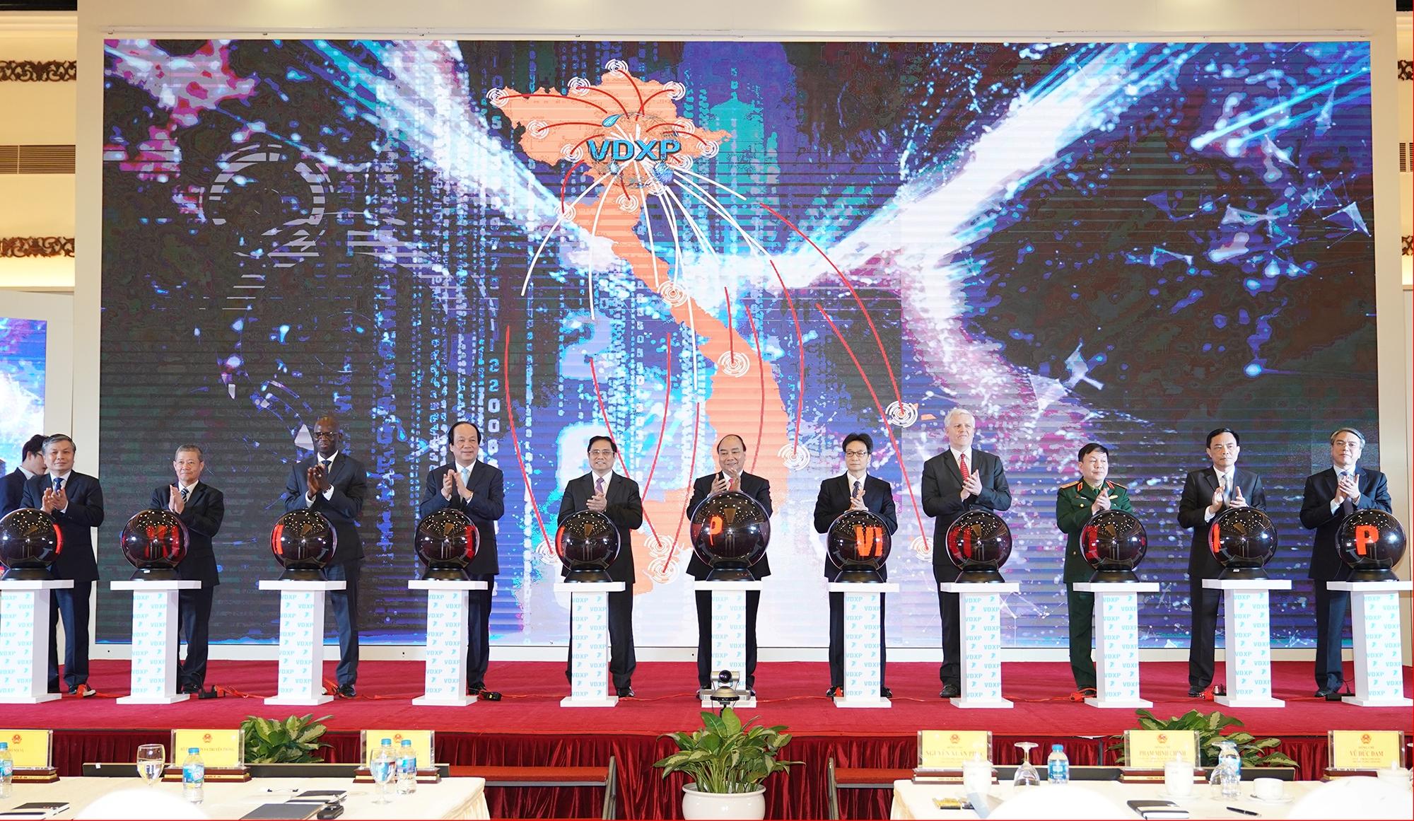 阮春福总理:开通国家文件连通链以面向国家管理和现代化行政体系智能化