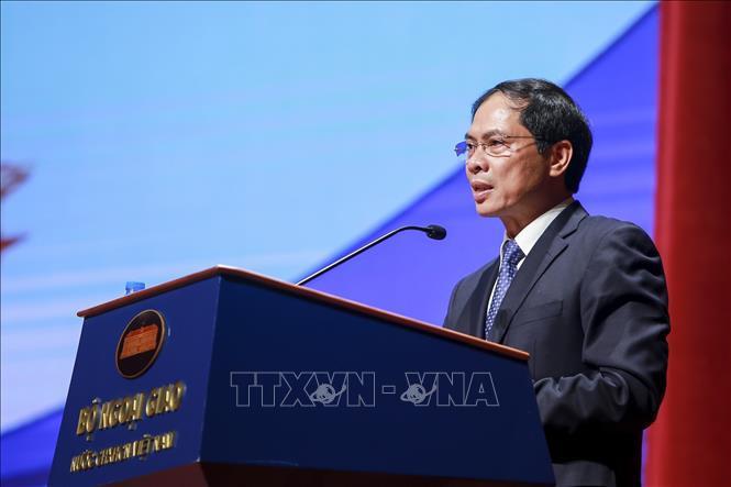 越南外交部常务副部长裴青山对智利进行访问