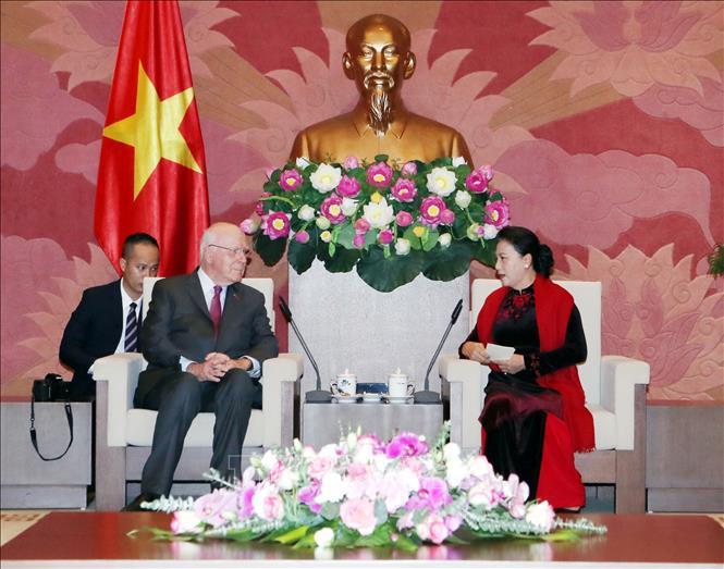 越南国会和美国参议院推进合作