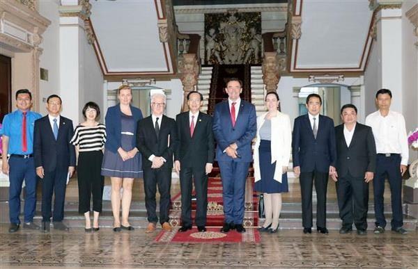 促进胡志明市与澳大利亚西澳大利亚州合作关系