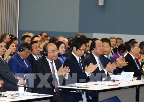 政府总理阮春福出席越南-挪威企业论坛