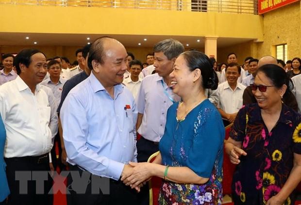 越南政府总理阮春福会见海防市建瑞县选民