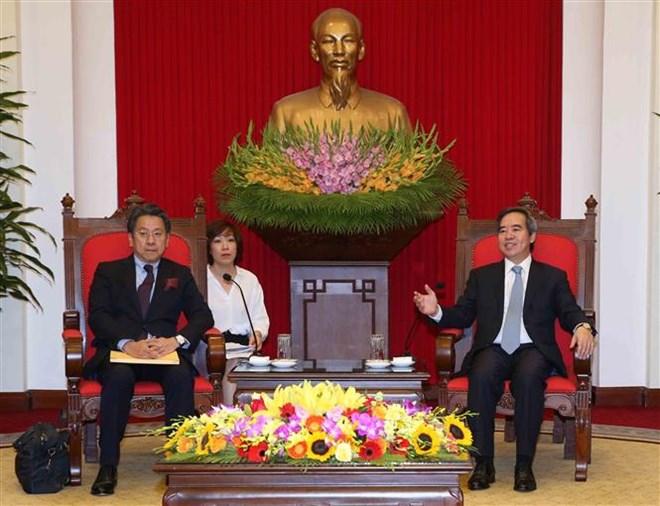 中央经济部部长阮文平会见日本国际协力银行执行董事