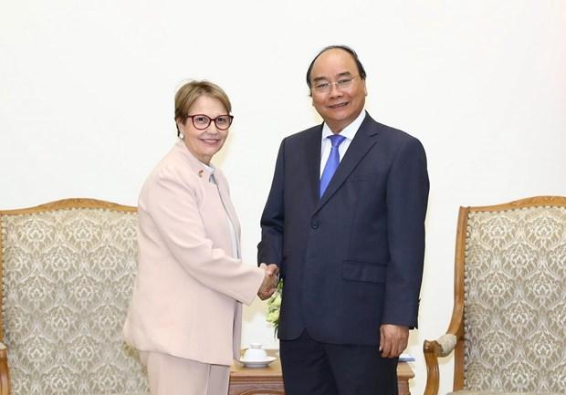 政府总理阮春福会见巴西农业部长克里斯蒂娜