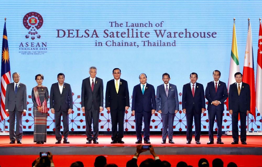 越南政府总理阮春福接受泰国《国家报》 记者专访