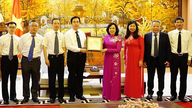 河内与北京继续促进友好关系可持续发展