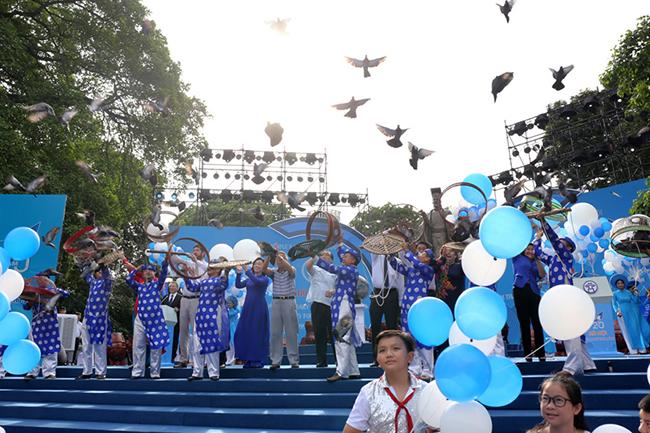 """河内市纪念荣获 """"国际和平城市"""" 称号20周年"""