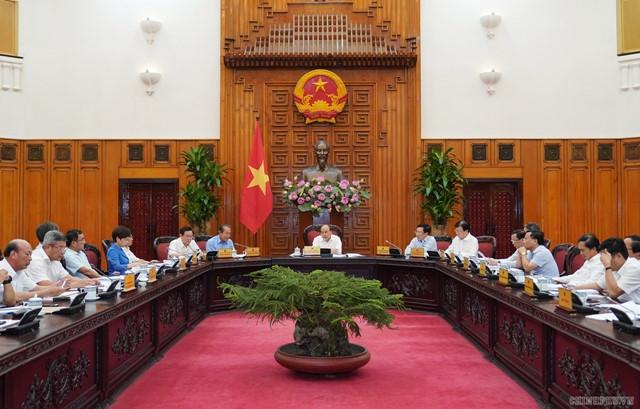 阮春福总理:杜绝国家工业化、现代化阶段缺电现象
