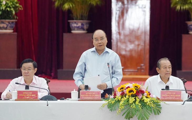 阮春福总理:九龙江平原地区要确保经济社会可持续发展
