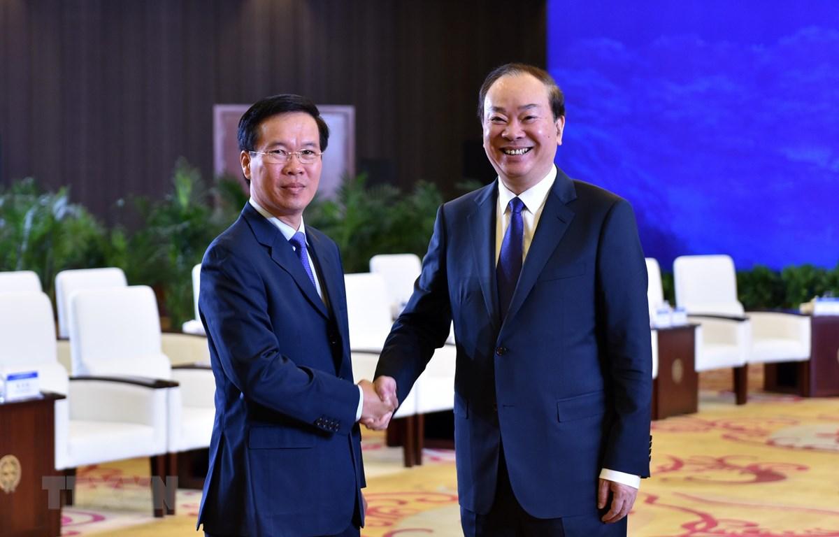 第十五次越中两党理论研讨会在中国举行