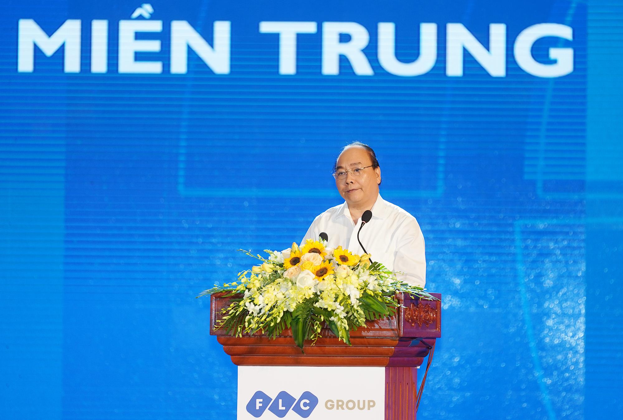 阮春福总理主持中部重点经济区发展会议