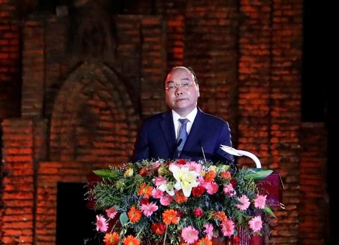 阮春福总理出席会安古镇和美山圣地被联合国教科文组织列入世界文化遗产名录20周年纪念典礼