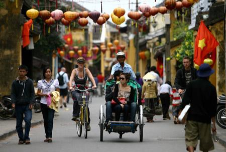 越南接待国际游客1300万人次