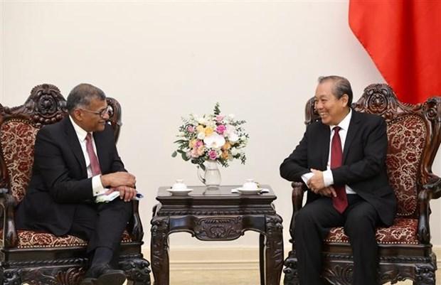 进一步加强越新两国最高人民法院之间的合作关系