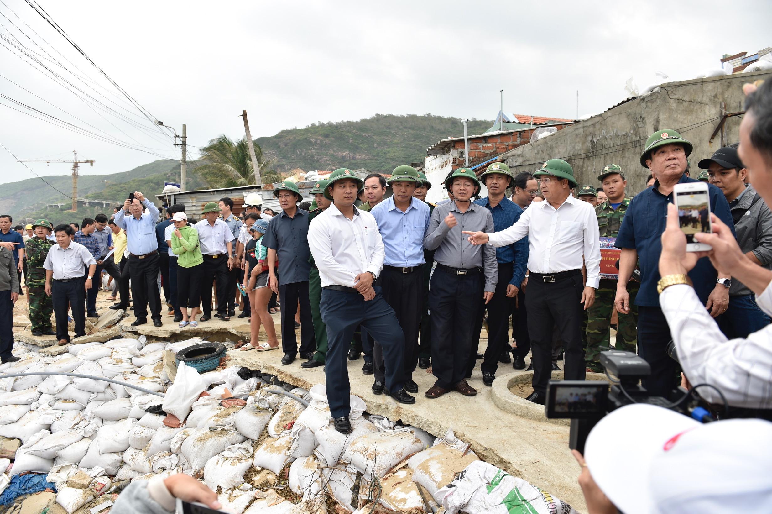 郑廷勇副总理指导平定省应对台风