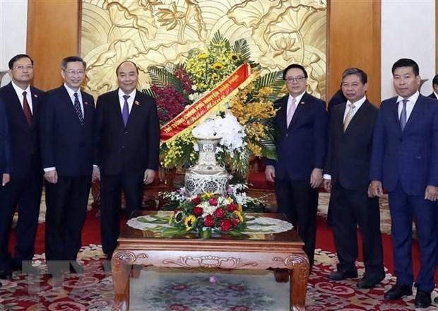 越南政府总理阮春福祝贺越共中央对外部传统日
