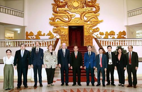 加强经合组织与越南反腐经验交流