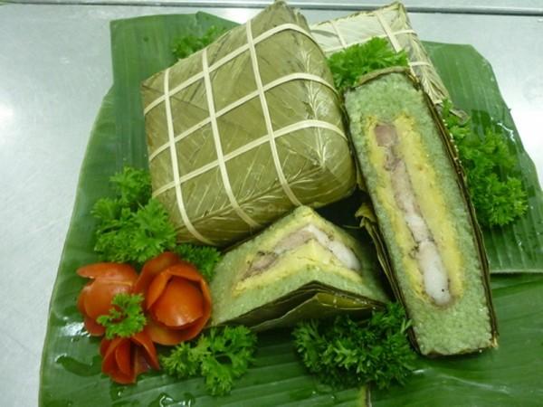 越南人包粽子过大年