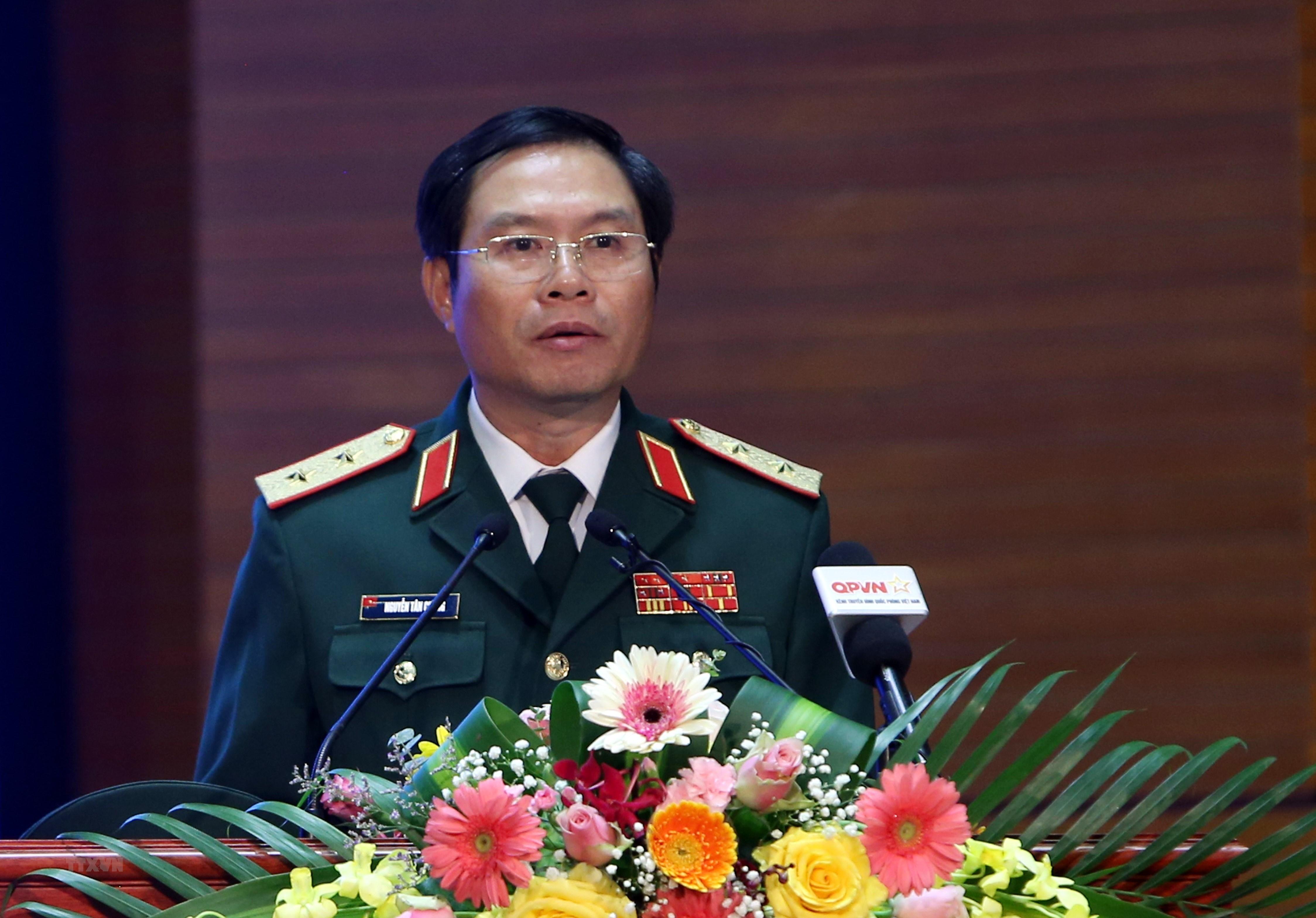 越南政府总理签署国防部若干领导职务任命的决定