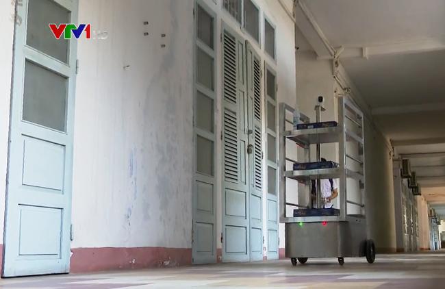 岘港市使用机器人助力抗击新冠肺炎疫情