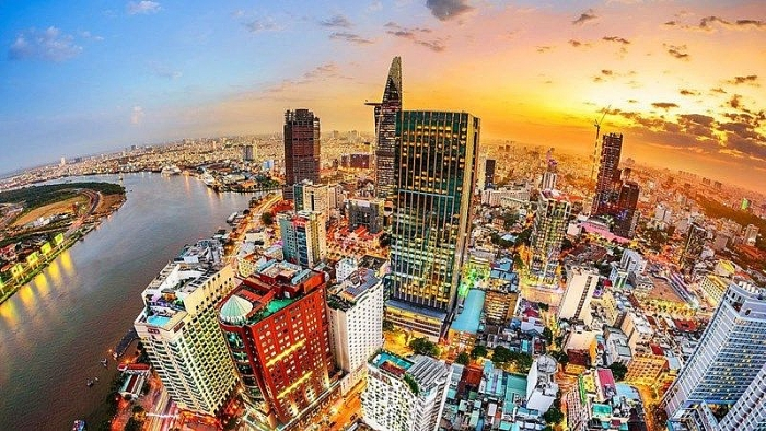 """亚行:越南""""在疫情高峰期""""仍为亚洲地区经济增长速度最快的国家之一"""