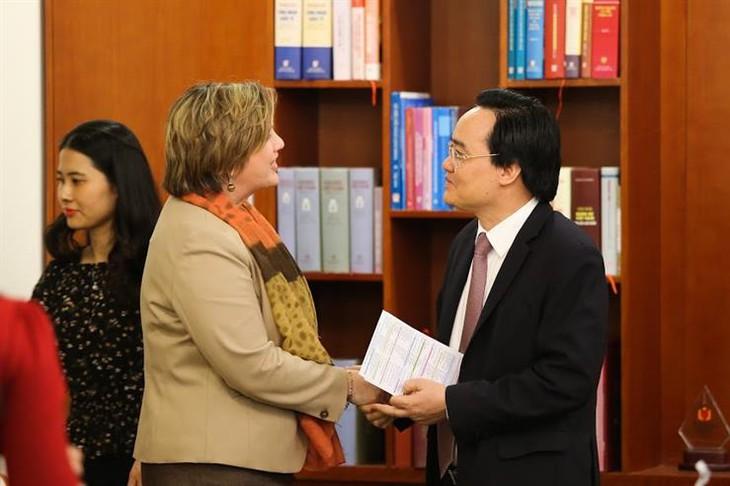 联合国儿童基金会拨出约80万美金支持越南教育部门应对疫情
