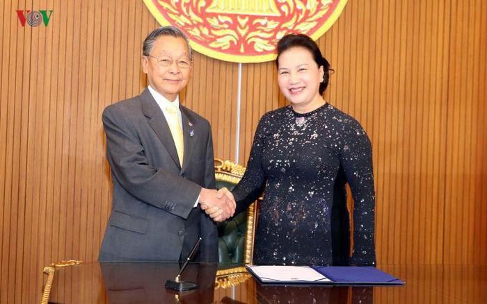 泰国国会一向与越南国会携手并肩