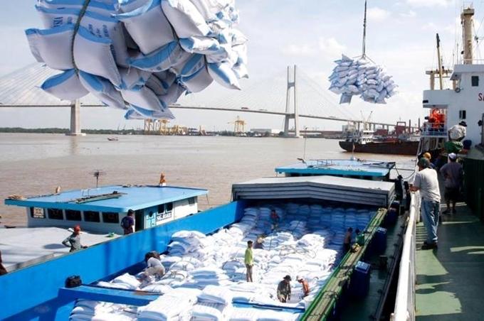 2020年前5个月越南贸易顺差达十九亿美元